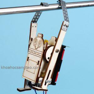 robotleoday 1 300x300 Đồ chơi robot gỗ